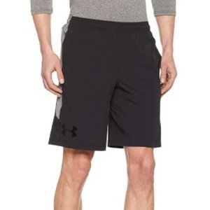Under Armour Mens Loose Fit Colorblock Shorts